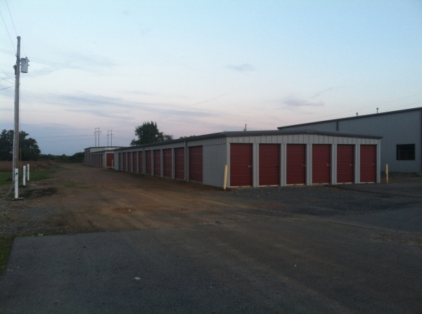 B & R Mini Storage - Tiptonville - Photo 1